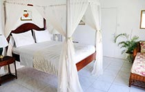 3 bedroom private villa rental2