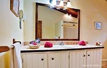 bathroom-villa2