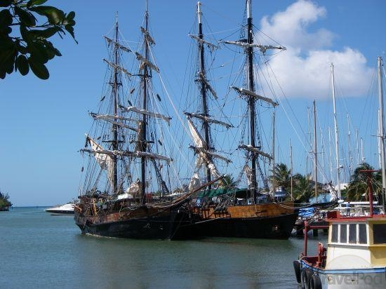 brig-unicorn-ship-used-in-pirates-ofthe-caribbean-castries