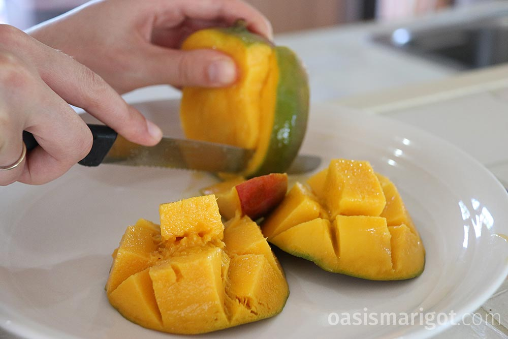 cut around the mango pit