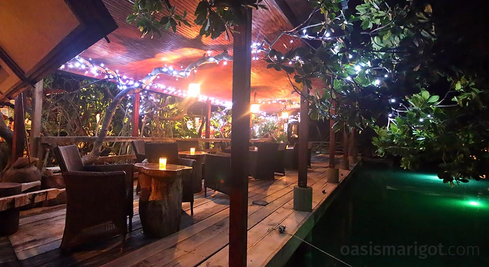 drink patio at rainforest hideaway