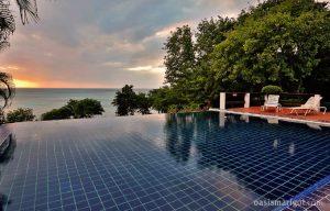 infinity-pool-villa