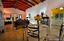 villa-st-lucia-living-room-family2